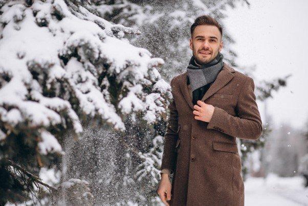 Abrigo con bufanda